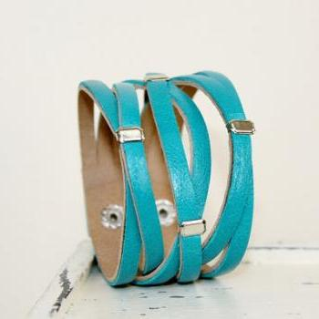 Braide Teal Genuine Leather Cuff Bracelet
